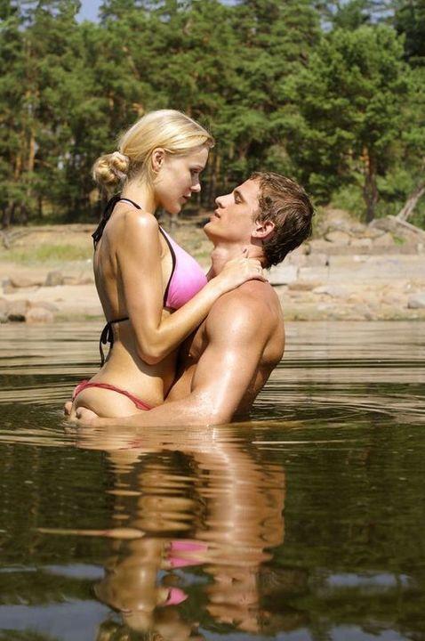 Doc preview pareja en el lago