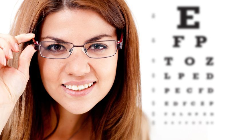 Graduación profesional de anteojos y lentes de con