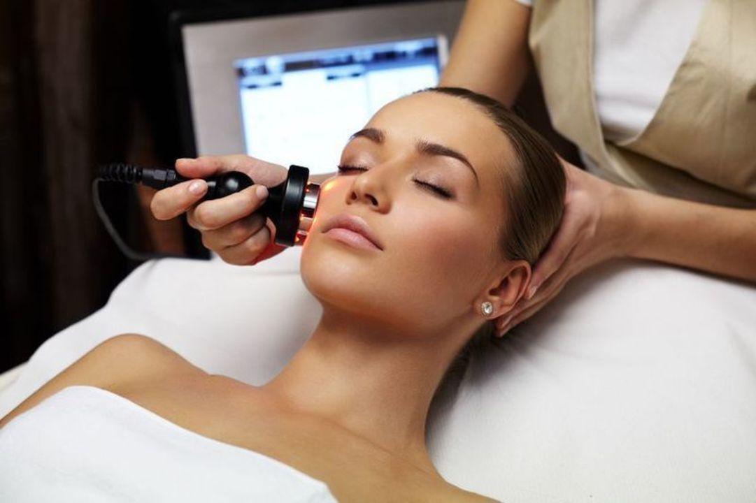 Doc preview mujer en tratamiento dermatologico