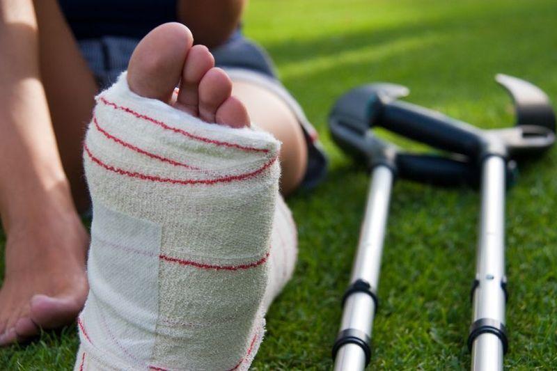 Atención a fracturas y luxaciones