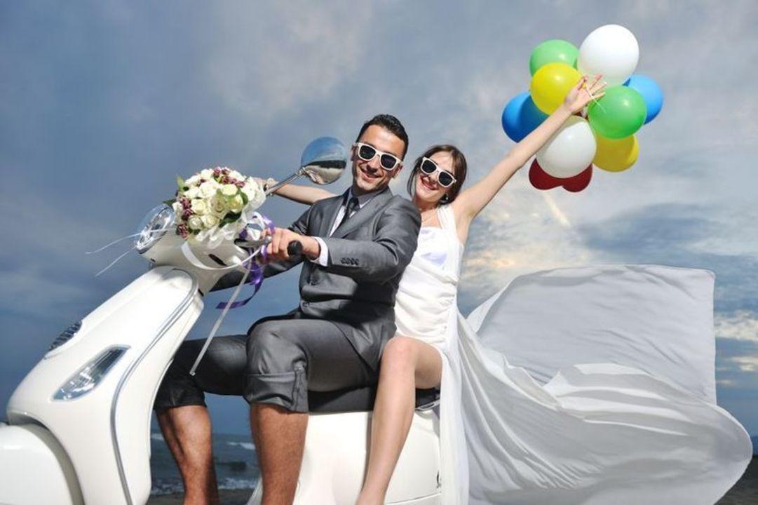 Doc preview recien casados en moto