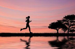 Tip list silueta femenina corriendo