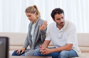 Tip list pareja discutiendo 2