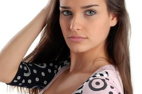 Tip list modelo femenina